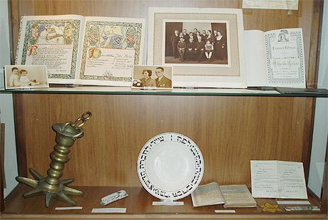 Predmety po obetech koncentracnich taboru